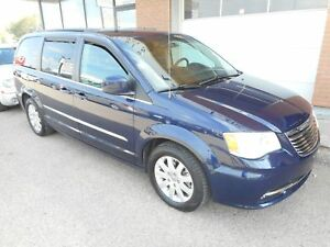 2015 Chrysler Town & Country Touring Touring*Power slide doors