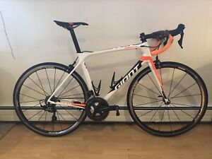 Giant TCR Adv Pro M/L w/ Accessories