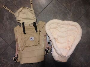Organic Ergobaby Carrier with Organic Infant Insert