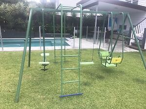 Giveaway Hills outdoor swing set Clayfield Brisbane North East Preview