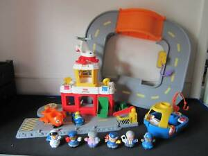 Fisher Price Little People Airport & Accessories, boat and people