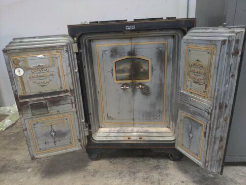 FANCY DIEBOLD DOUBLE DOOR ANTIQUE SAFE