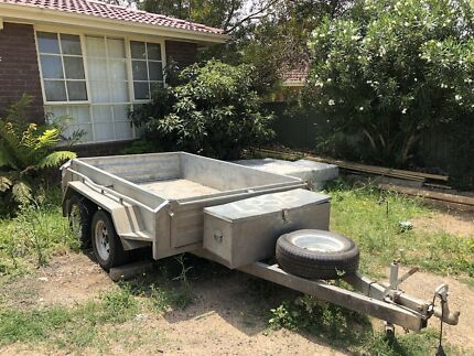 8x5 foot 4:50mm deep tandem trailer
