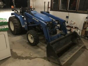 Newholland tractor