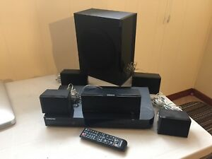Samsung home theatre system (like new)