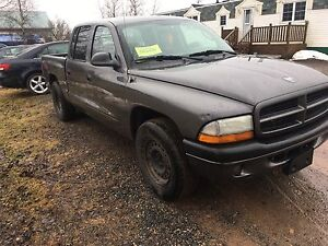 on 2003 Dodge Dakota Rt V8