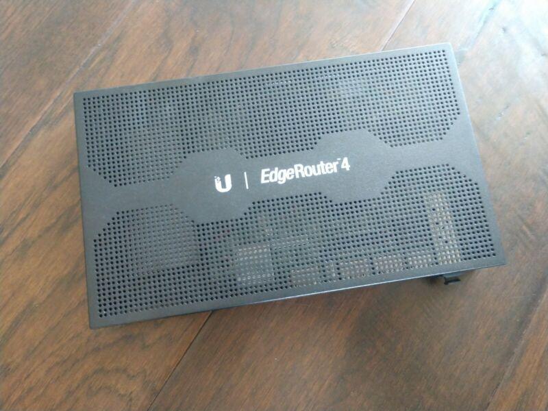 Ubiquiti Networks EdgeRouter 4 ER-4 Gigabit Router 4-port w/ 1 SFP