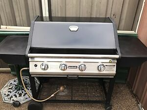 BARBECUE 4 BURNERS HARDLY BEEN USED IN VERY GOOD WORKING CONDITION Bass Hill Bankstown Area Preview