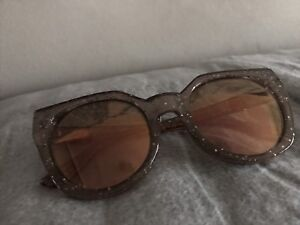 Guess Sunglasses new