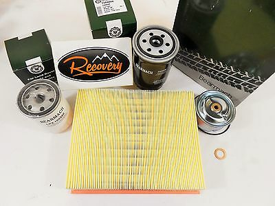 LAND ROVER DISCOVERY 2 TD5 FULL SERVICE KIT, OIL, AIR & FUEL FILTERS RK0014