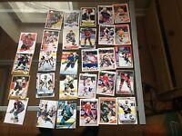 Lot de 225 carte de hockey en bonne condition! Faite une offre!