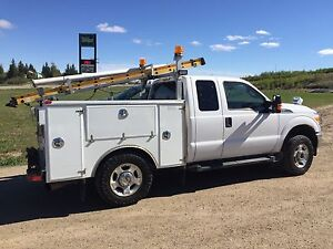 2011 Ford F-350 V8 6.2 Service Truck