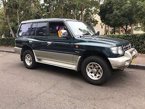 Immaculate 2000 Mitsubishi 4x4/ low kms / all camping gears Sydney City Inner Sydney Preview