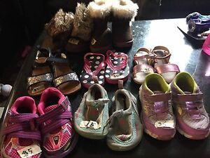 Various sized toddler shoes