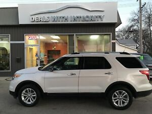 2012 Ford Explorer XLT  AWD LOADED SUV onlt 71,000 k $23995