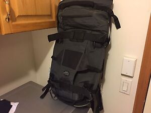 BackPack to Carry Snowboard Brand New Never Used
