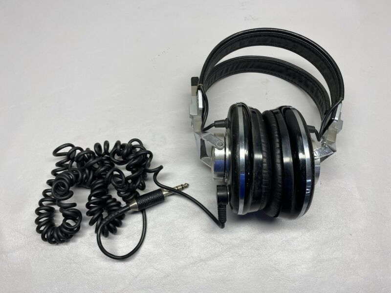 Vintage Pioneer Monitor 10 Stereo Headphones Made In Japan Tested/Works Clean
