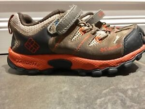 Columbia waterproof hiking shoes-size 10