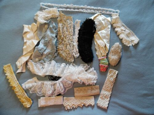 18 Piece Lot Antique/Vintage Lace/crochet Collars & Other Pieces  (see pictures)