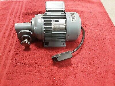 Winkelgetriebemotor Getriebemotor Motor 380 Volt  online kaufen