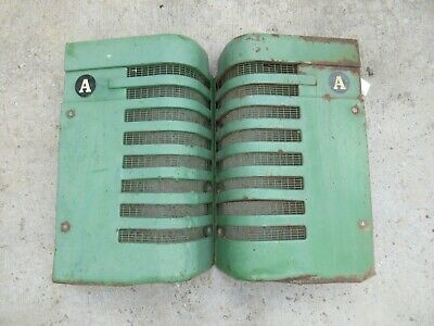 John Deere Set Of A Grills And Grill Set