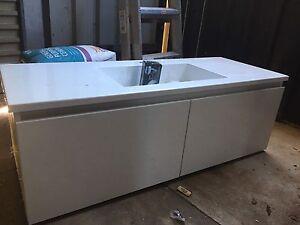 Bathroom Vanity Para Hills West Salisbury Area Preview