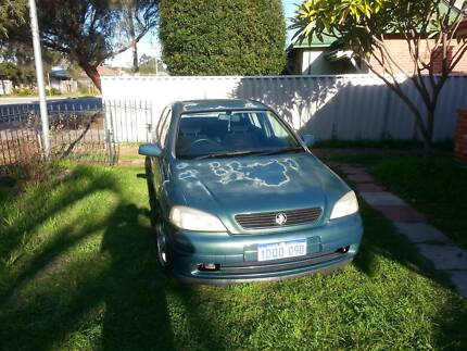 2001 Holden Astra Sedan Redcliffe Belmont Area Preview