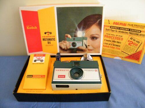 Vintage Kodak Hawkeye Instamatic R4 Outfit in Box w/Film & Instructions