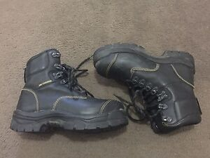 Olliver work boots ladies size 7 Petrie Pine Rivers Area Preview