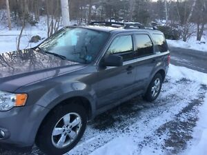 2009 Ford Escape XLT Loaded