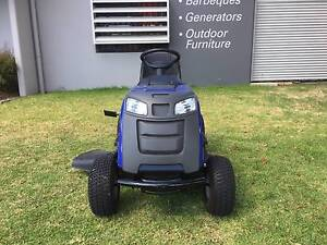 DEMO VICTA VRX RIDE ON LAWN MOWER North Richmond Hawkesbury Area Preview
