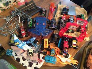 Hot wheels monster trucks set boy toys