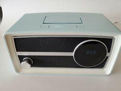 Phillips ORD2100B/37 Retro FM Radio Duel Alarm Clock iPod iPhone Speaker Dock