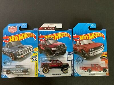 Hot Wheels Set of 3 Datsun 620 Pickup, Toyota Tundra and Mazda Repu 1/64