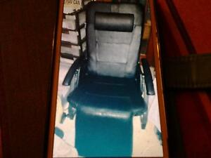 HEATED MASSAGE CHAIR-VIBRATING LOUNGE Murrumbeena Glen Eira Area Preview