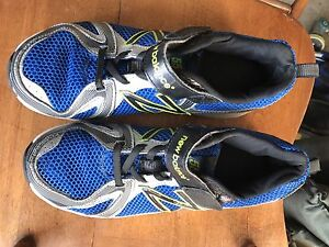 New Balance sneakers  size 6.5