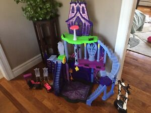 Monster High priced to sell!