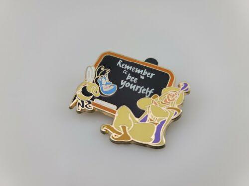 2015 Disney GenEARation D Aladdin Genie Pin Limited Release