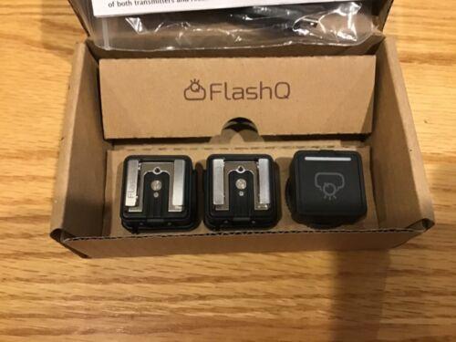 LightPix Labs FlashQ T1 Wireless Flash System Transmitter + receivers