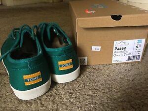 Men's TOMS shoes - size US 9.5 Lane Cove West Lane Cove Area Preview