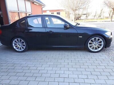 BMW 320d 2,0 Touring xDrive 5d