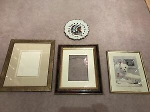 Hanging picture frames, wall art