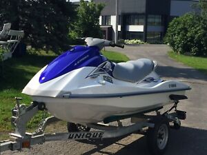 2008 Motomarine Yamaha VX110 4 temps, 3 places **25 hrs**