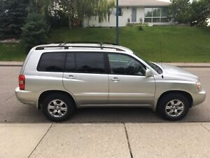 2002 Toyota Highlander 3.0L AWD Limited with low KM