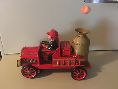 VINTAGE MASUDAYA (MODERN TOYS) OLD FASHION FIRE ENGINE FULLY WORKING W/BOX.
