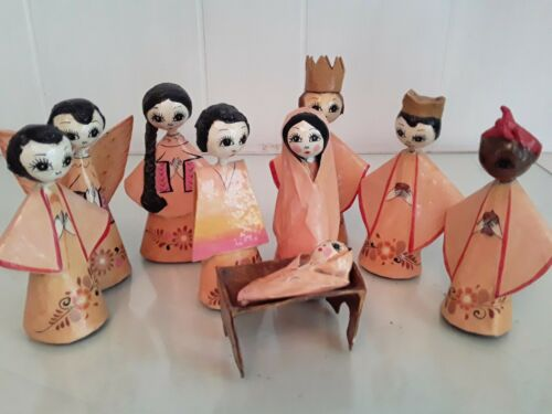 Vtg Mexican Folk Art Hand Painted Nativity Set Papier Mache Big Eyes Goth 10 Pc