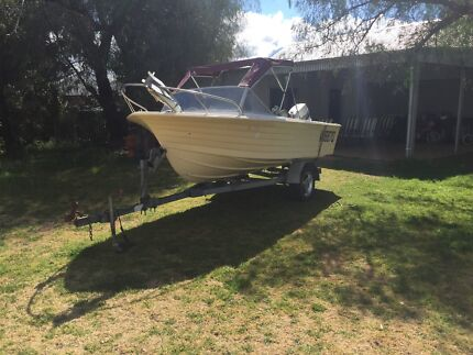 14ft Cruise Craft runabout boat with 1998 70HP Johnson
