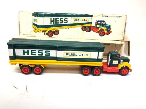 1976 Hess Truck in Box with 4 barrels