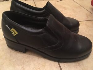 "MELLOW WALK ""Vanessa"" Safety Shoes sz. 7.5 (Brand New)"