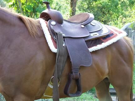 """San Deranto"" Western Saddle"